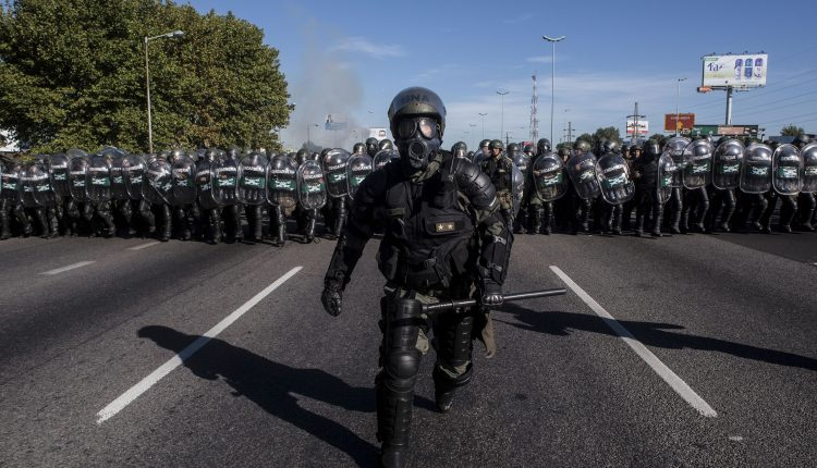 2442-PS-A-Gendarme-0