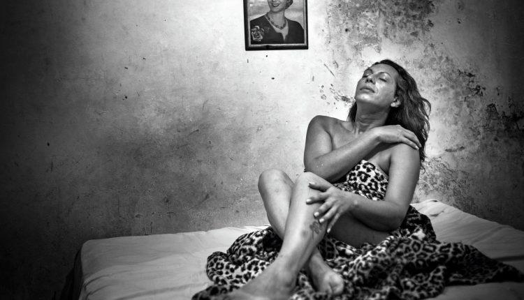 """FOTOGRAFIA PERTENECIENTE AL TRABAJO """"DIME CON QUIEN ANDAS"""" DE PAULA ACUNZO."""